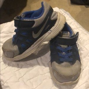 Toddler Nike sneakers gray blue size 7c